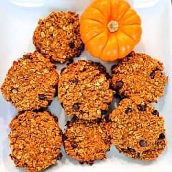 pumpkin oatmeal chocolate chip cookies overhead