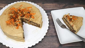 Protein Frosting – Dairy-free Cream Cheese Icing on the Carrot Cake