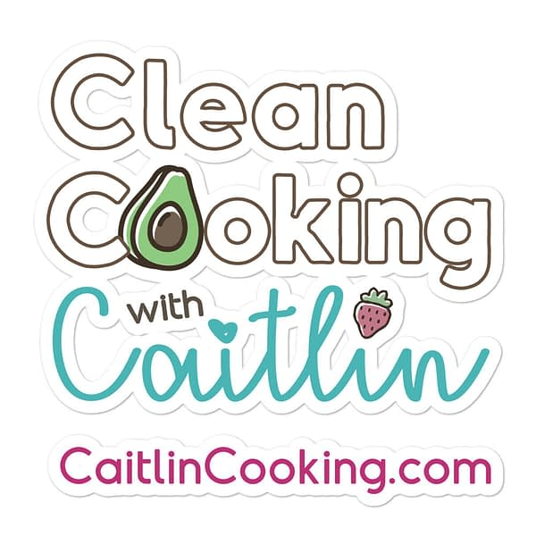 """Logo on which it is written """"Clean cooking with Caitlin"""" CaitlinCooking.com"""