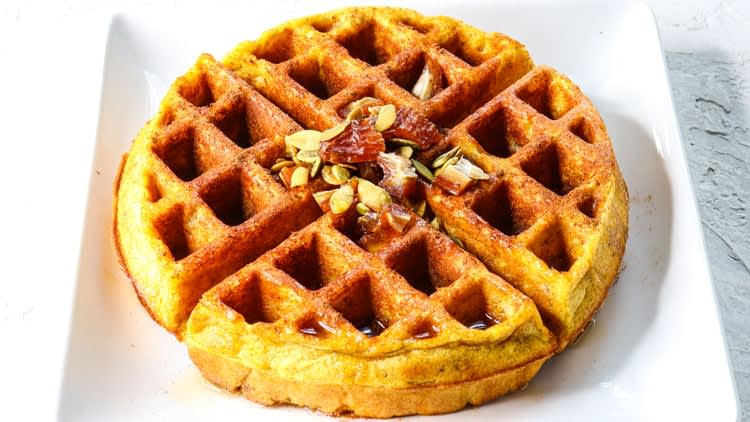 pumpkin spice protein waffles